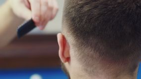 Sluit omhoog Barber Haircut Clipper stock footage