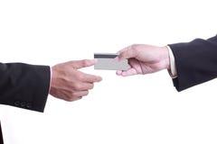 Sluit omhoog Betalingsmachine tijdens het gebruiken van Creditcard stock afbeeldingen