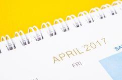 Sluit omhoog de kalenderpagina van April 2017 Royalty-vrije Stock Foto's