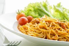 Sluit omhoog de tomatensaus van de Spaghetti Stock Fotografie