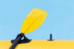 Sluit omhoog gele peddel Royalty-vrije Stock Afbeeldingen