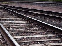 Sluit omhoog geschoten van spoorwegsporen stock afbeelding