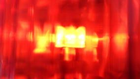 Sluit omhoog het rode loopable licht van de sirenenoodsituatie stock footage