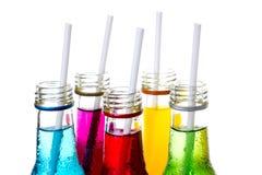 Sluit omhoog koele kleurrijke drank stock afbeeldingen