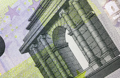 Sluit omhoog macrodetail van vijfde euro geldbankbiljet Stock Foto