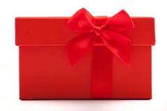 Sluit omhoog mening van de decoratieve rode stoffenboog Royalty-vrije Stock Foto's