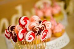 Sluit omhoog met multicolored lollys Royalty-vrije Stock Foto