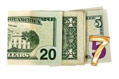 Sluit omhoog op 2017 geschreven die met dollars op wit worden geïsoleerd Royalty-vrije Stock Foto's