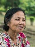 Sluit omhoog oud Thais vrouwenportret royalty-vrije stock foto's
