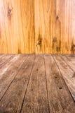 Sluit omhoog oude houten plank Stock Afbeeldingen