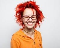 Sluit omhoog portret van een gek jong redheaded meisje Royalty-vrije Stock Foto