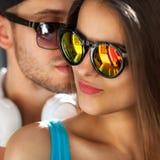 Sluit omhoog portret van gelukkig glimlachend paar in liefde Stock Foto