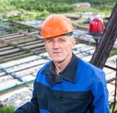Sluit omhoog portret van hogere handarbeider Stock Afbeelding