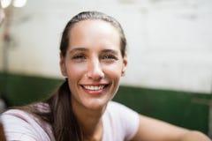 Sluit omhoog portret van vrouwelijke jockey stock foto