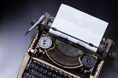 Sluit omhoog Uitstekende Schrijfmachine royalty-vrije stock afbeeldingen