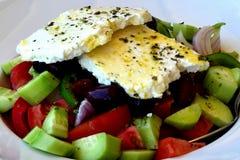 Sluit omhoog van authentieke Griekse salade Stock Fotografie
