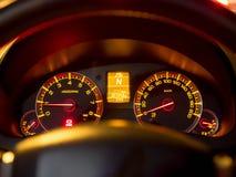 Sluit omhoog van autodashboard royalty-vrije stock afbeeldingen
