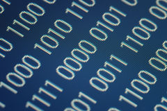 Sluit omhoog van binaire code Stock Afbeeldingen