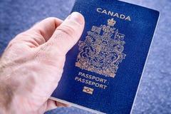 Sluit omhoog van Canadees paspoort royalty-vrije stock foto