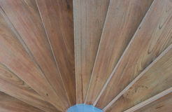 Sluit omhoog van cirkel houten trap Stock Foto's