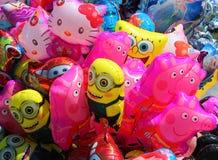 Sluit omhoog van de ballons van kinderen Achtergrond Royalty-vrije Stock Foto's