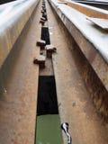 Sluit omhoog van de brug van de Doodsspoorweg in Kanchanaburi, Th wordt gevestigd dat Royalty-vrije Stock Foto