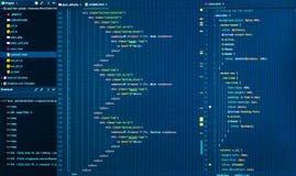 Sluit omhoog van de codage van HTML en css, vooraanzicht De code van de Webontwikkeling royalty-vrije stock foto