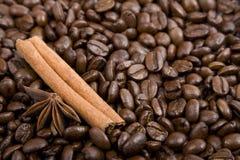Sluit omhoog van de koffie-bonen royalty-vrije stock afbeelding