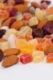 Sluit omhoog van droge vruchten en noten royalty-vrije stock afbeelding