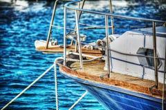 Sluit omhoog van een houten die boot in Alghero wordt vastgelegd royalty-vrije stock afbeeldingen
