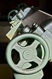 Sluit omhoog van een machinedetail, wiel stock fotografie