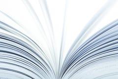 Sluit omhoog van een open boek Royalty-vrije Stock Foto