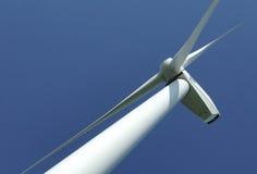Sluit omhoog van een windturbine Royalty-vrije Stock Afbeeldingen