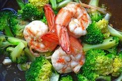 Sluit omhoog van Fried Broccoli met Garnalen Royalty-vrije Stock Foto