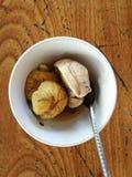 Sluit omhoog van gekookte balut (ontwikkelt eendembryo) in Hanoi, Vietnam Royalty-vrije Stock Afbeeldingen