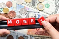 Sluit omhoog van geldwoord op bankbiljet F Stock Foto