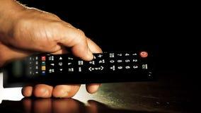 Sluit omhoog van generische afstandsbediening stock footage