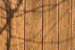 Sluit omhoog van geschilderde die muur van houten planken wordt gemaakt Stock Afbeelding