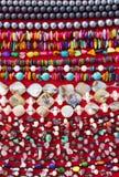 Sluit omhoog van goedkope parelparels Stock Fotografie