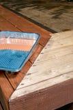 Sluit omhoog van half gebeëindigd dek het oli?en verfwerk Stock Foto