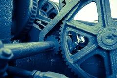Sluit omhoog van het mechanische radertje van het zwaar metaalwiel Stock Afbeeldingen