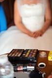 Sluit omhoog van huwelijksmake-up royalty-vrije stock fotografie