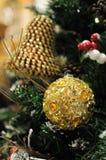 Sluit omhoog van Kerstmisornamenten stock afbeeldingen