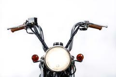 Sluit omhoog van koplamp op uitstekende motorfiets Douanebijl/Sc royalty-vrije stock afbeeldingen