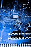 Sluit omhoog van Kringen Elektronisch op Mainboard-van de Achtergrond technologiecomputer logicaraad, cpu-motherboard, Hoofdraad, royalty-vrije stock fotografie