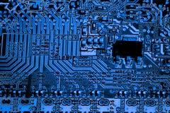 Sluit omhoog van Kringen Elektronisch op Mainboard-van de Achtergrond technologiecomputer logicaraad, cpu-motherboard, Hoofdraad, stock afbeelding