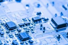 Sluit omhoog van Kringen Elektronisch op Mainboard-van de Achtergrond technologiecomputer logicaraad, cpu-motherboard, Hoofdraad, royalty-vrije stock afbeelding