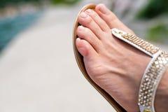 Sluit omhoog van menselijke voetvinger met een blaar Stock Afbeelding