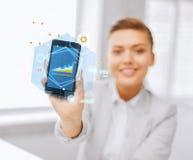 Sluit omhoog van onderneemster met smartphone Stock Foto's