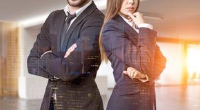 Sluit omhoog van partners in bureau Royalty-vrije Stock Afbeeldingen